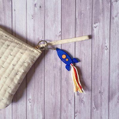 Porte-clés fusée impression 3D mogcha couleur bleu laine