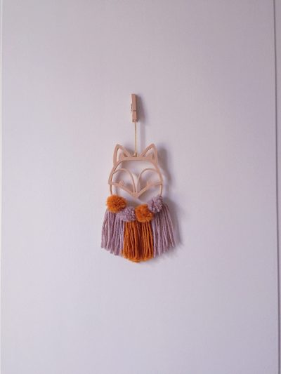 suspension personnalisation sur mesure mogcha renard pompon laine marron impression 3D bois décoration murale chambre enfant chambre bébé